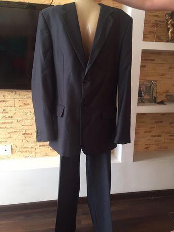 Стильный Новый костюм