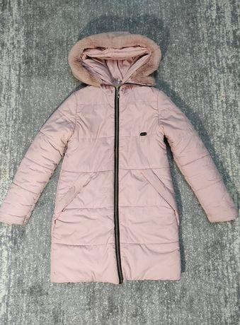 Зимняя курточка на девочку. Рост 134-142 см.
