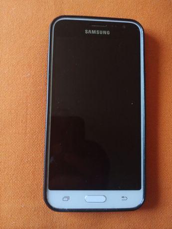 Samsung Galaxy J3 (2016) з чохлом