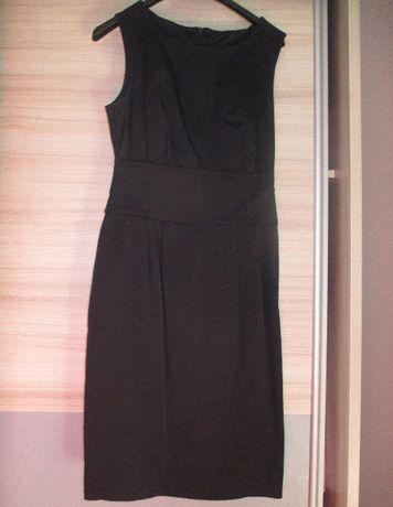 sukienka czarna w rozmiarze M