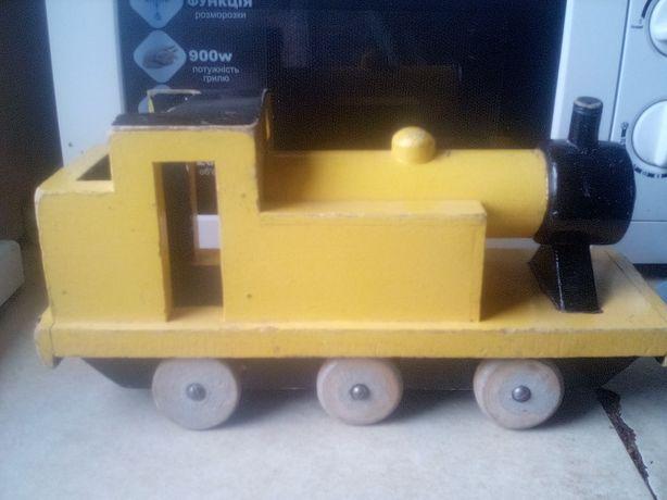Продам деревянную машину паровоз времён СССР