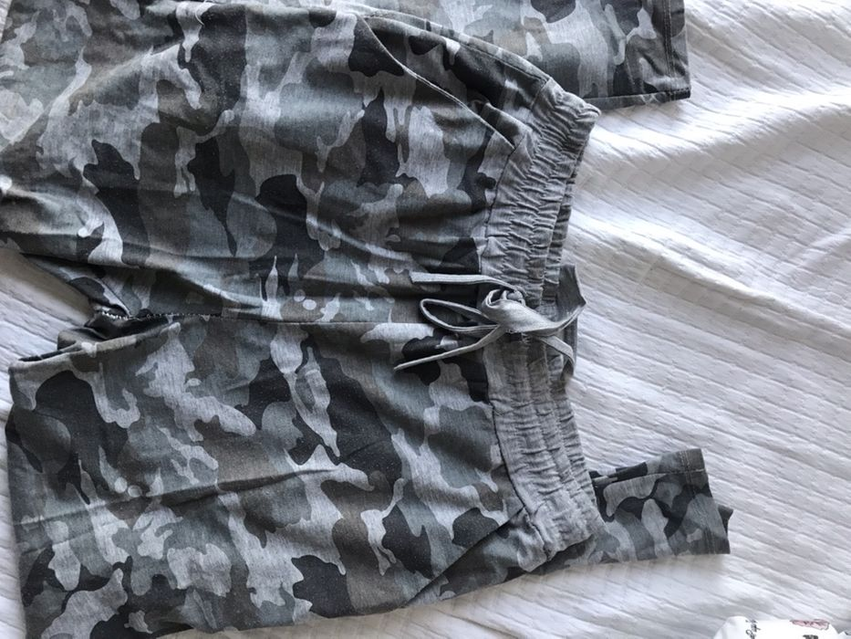 Spodnie dresowe Warszawa - image 1