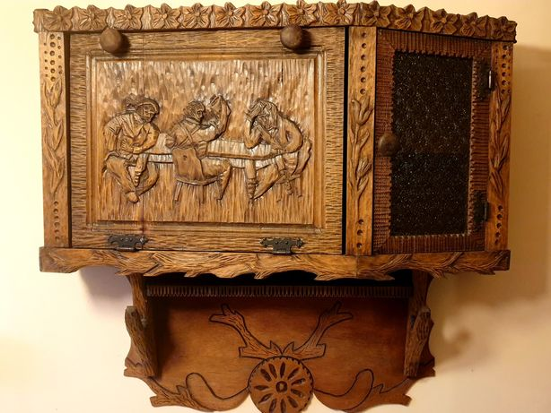 Drewniana szafka wisząca, rzeźbiona, myśliwska,stan idealny