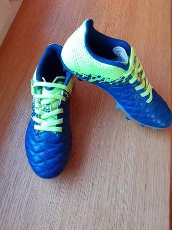 Buty piłkarskie korki rozm 31 chłopięce
