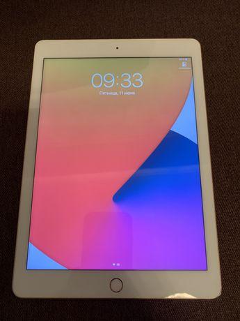 iPad 2018 (6-поколения) 32Gb Wi-Fi