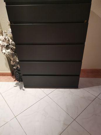 Vende se camiseiro de madeira wengue de 5 gavetas