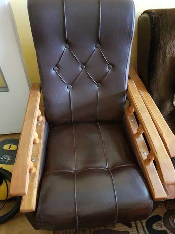 Fotele pufy ławy