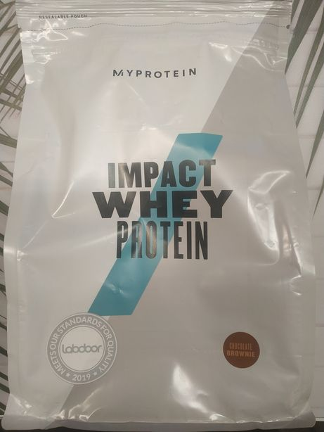 MyProtein Impact Whey Protein 82% 1 kg протеин gold standard Акция