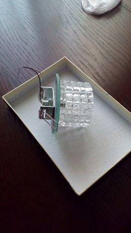 Продам потолочные встраиваемые светильники