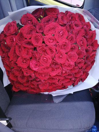 Свежесрезанные Цветы розы