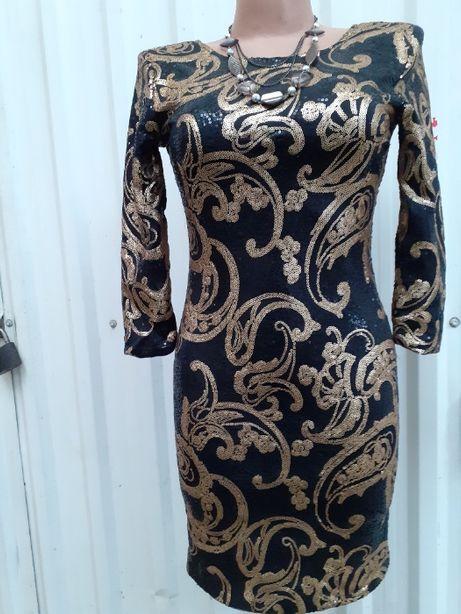 Плаття жіноче, вечірнє, Польського виробництва.42 розмір