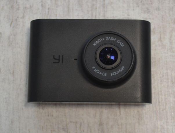Авто видеорегистратор Xiaomi Yi dash cam Nightscape