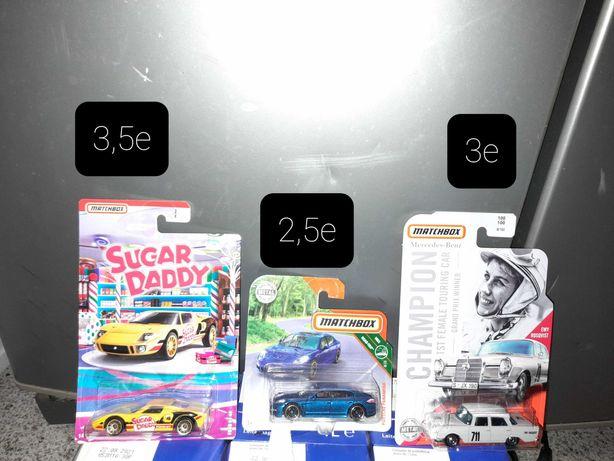 Vendo miniaturas matchbox e majorette promoção