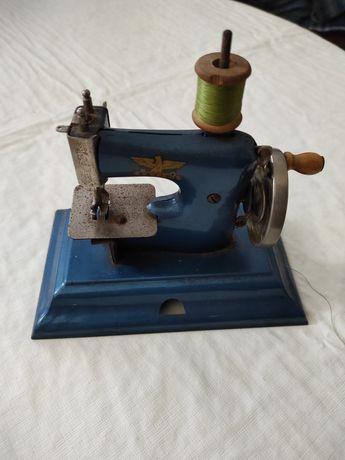 Máquina de costura Casige