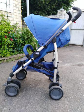 Прогулочная коляска Chicco Multiway Evo синего цвета.
