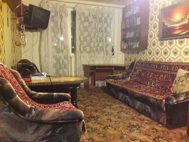 Продам 2 комнатную квартиру, метро Героев Труда- 3 минуты, ТН2