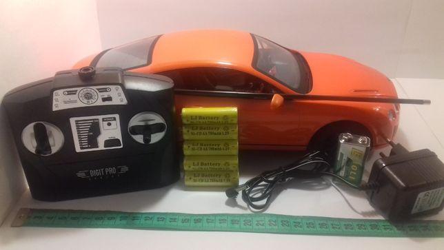 Радиоуправляемая модель машинки Bentley 1:14 аккумулятор(пульт) MZ