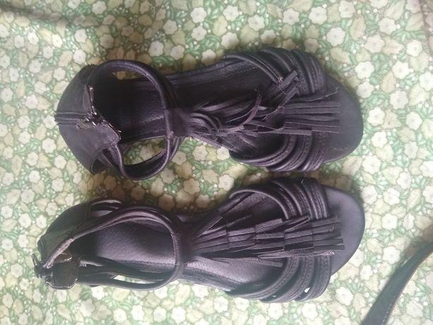 Sandały czarne