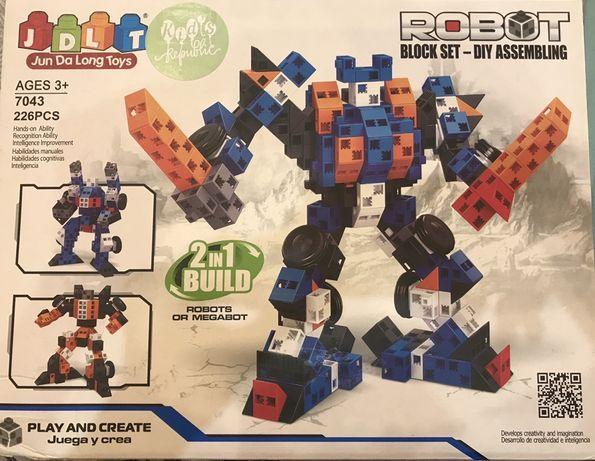 Продам конструктор Роботы