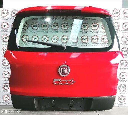 Tampa de mala Fiat 500 L 2013.