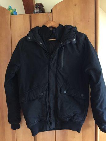 Nowa czarna kurtka z kapturem marki H&M S