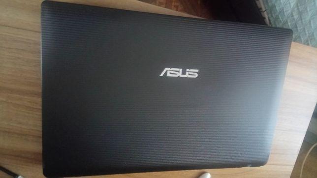 Ноутбук Asus K53U для учебы и работы