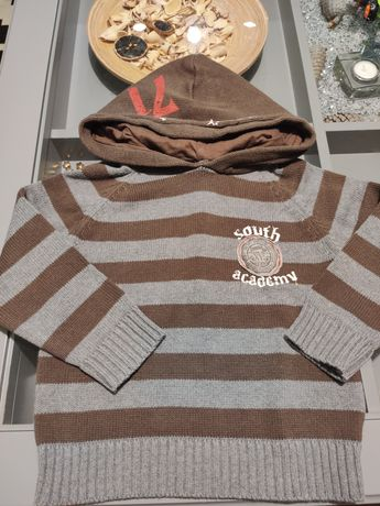 Sweterek chłopięcy r. 98/104