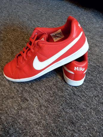 Adidasy, buty Nike 44.5 czerwone