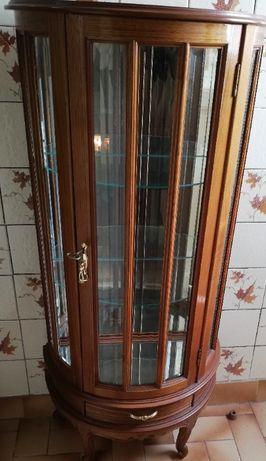Móvel com vitrine antigo
