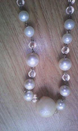 biżuteria naszyjnik korale ozdoba kolor kremowy perłowy
