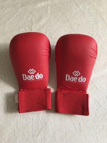 Перчатки для каратэ и тхэквандо, размер М
