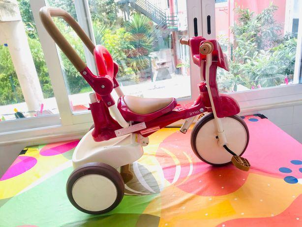 Triciclo adaptativo desde os 24meses