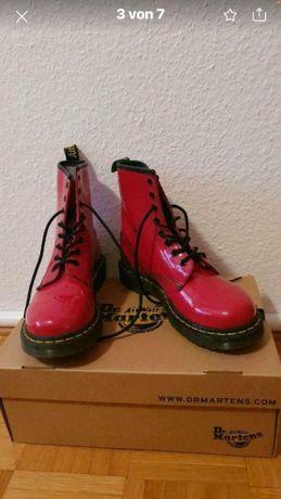 Осенние женские ботинки, кожа. Dr.Martens оригинал.
