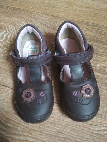 Туфли, сандали,  тапочки