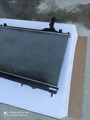 Радиатор охлаждения Mitsubishi Outlander 3