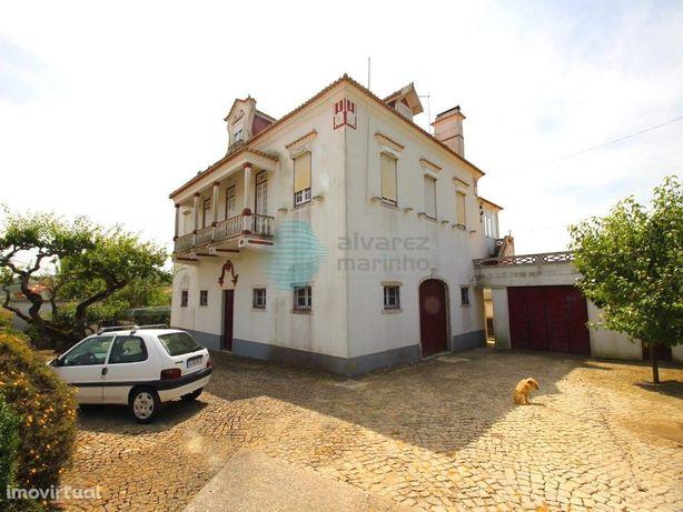 Quinta com produção de vinhos na zona de Runa / Torres Ve...