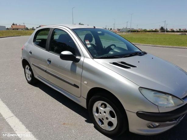 Peugeot 206 1.1 XT