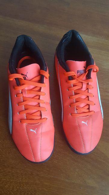 Buty Puma do gry w piłkę 38