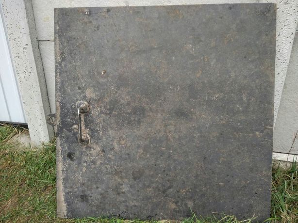 Кришка люк на погреб подвал
