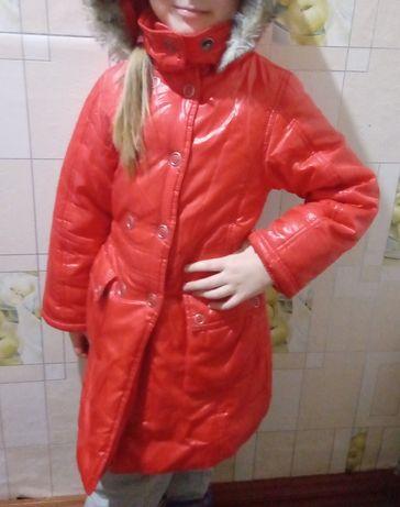 Димесизонная курточка на синтепоне