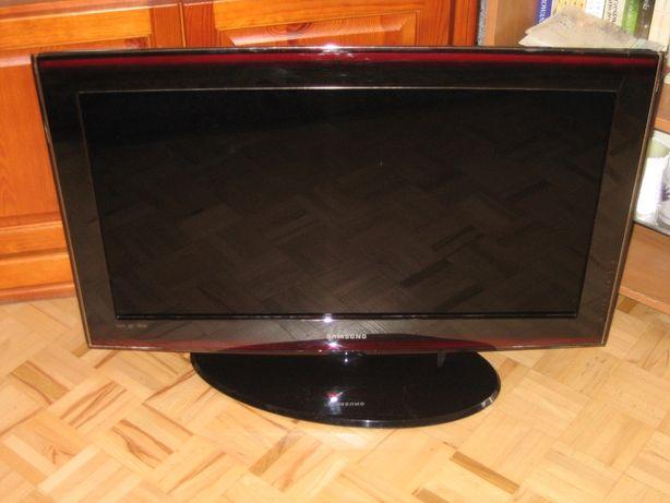"""TV SAMSUNG 32"""" LE32A656A1F - do naprawy lub na części"""