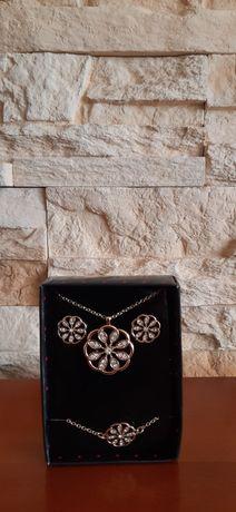 Zestaw biżuterii Lenora od Avon