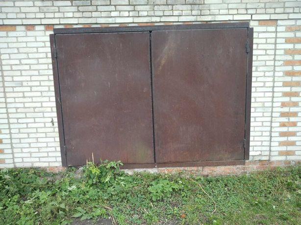Гаражні ворота СССР.