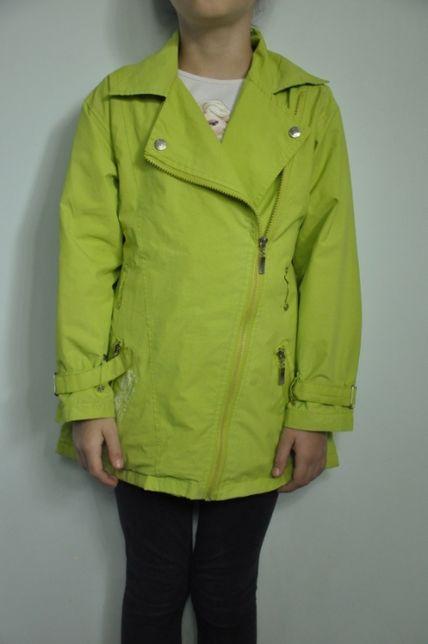 Демисезонная куртка на девочку 7-8 лет, рост 128-134 см