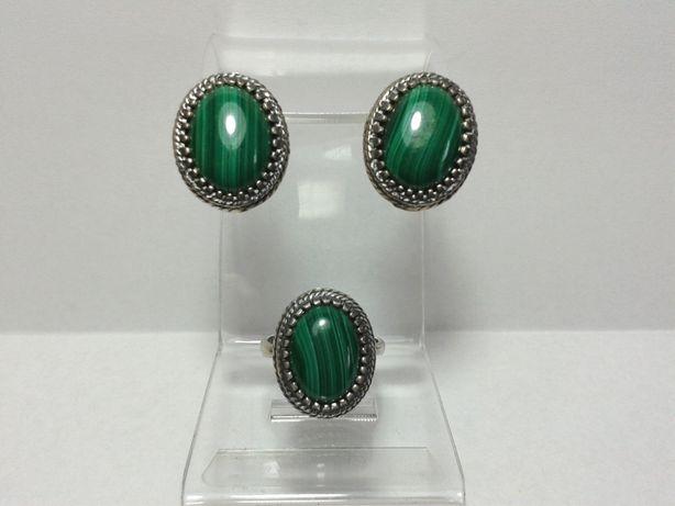 Набор серьги и кольцо с камнями малахит