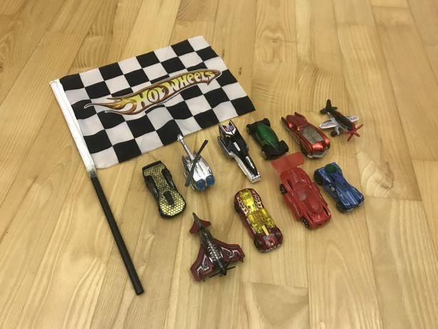 Auta, samochody, samoloty, helikopter hot wheels