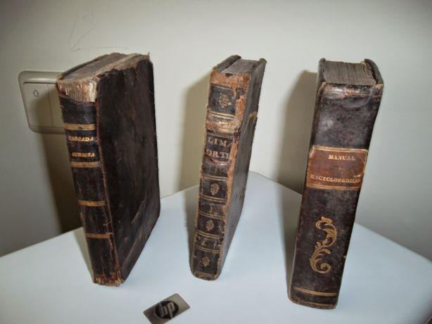3 Livros Muito Antigos Dos Anos 1736, 1815, e 1843