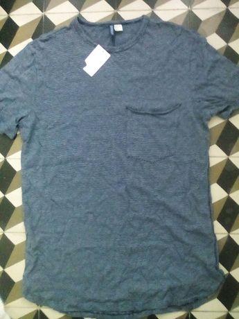 T-shirt NOVA riscas azuis e brancas