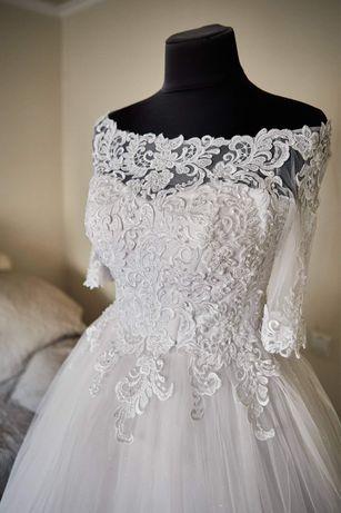 Весільна сукня/плаття