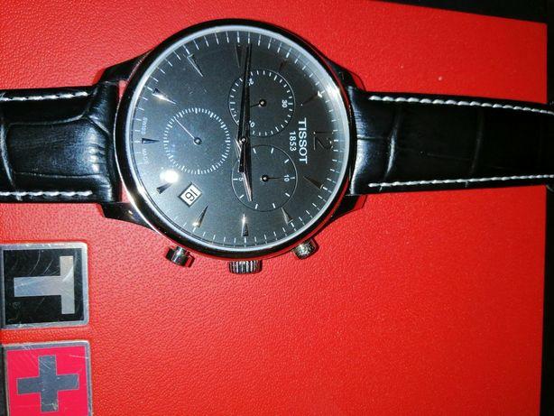 Продам часы Tissot мужские